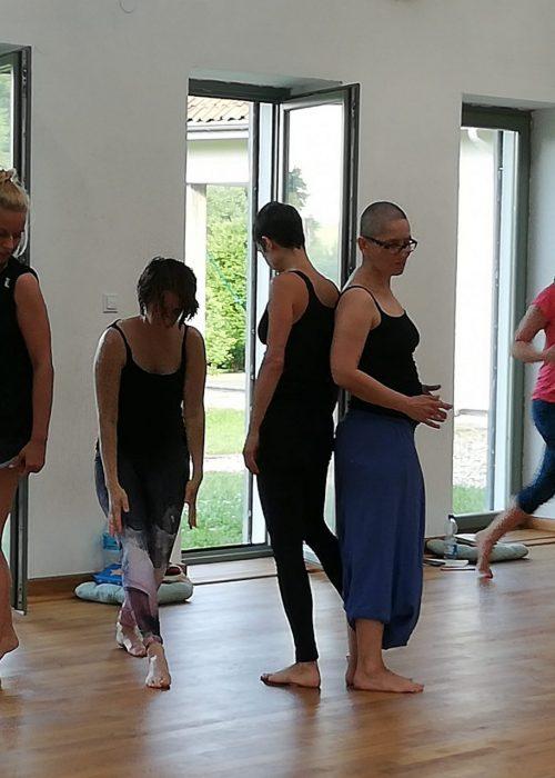taniec-grupa-scaled1-scaled